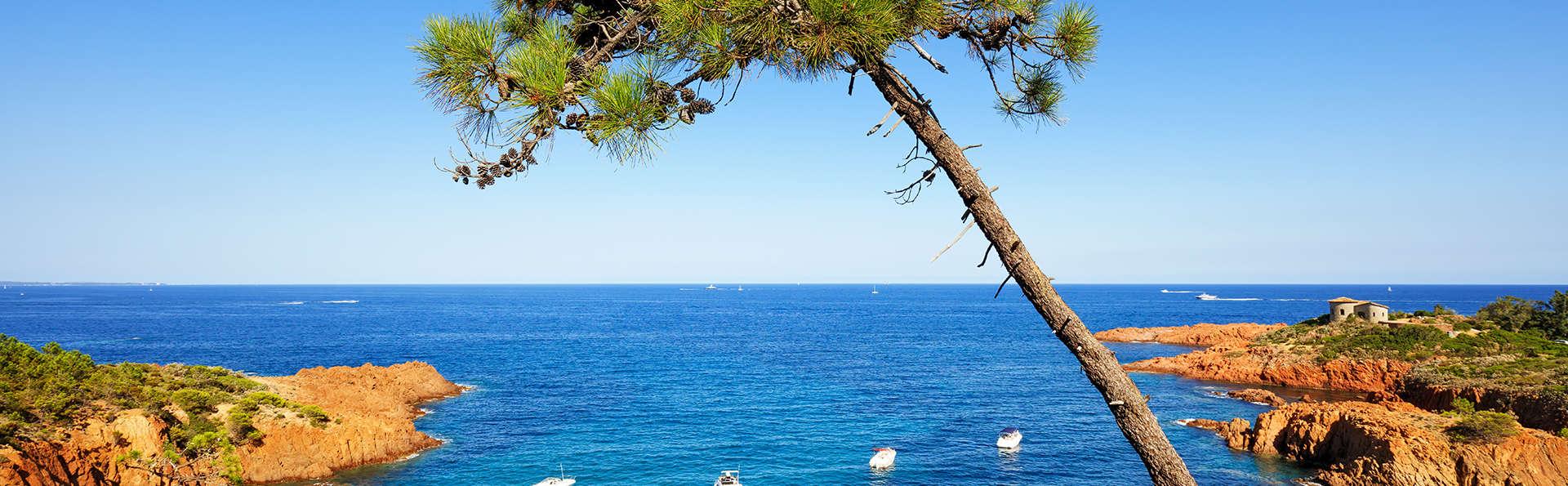 Coralia By Vacancéole  Résidence Carré Marine - Edit_Cannes.jpg