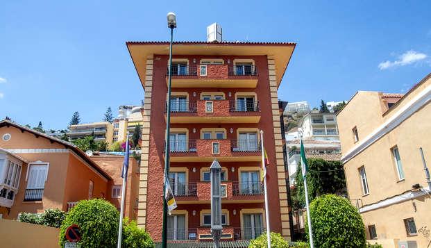 Escapada en zona tranquila y residencial de Málaga