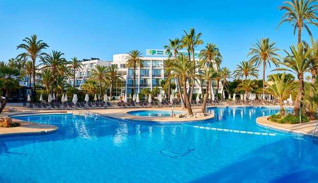 Demi-pension dans cet hôtel 4* à Sa Coma, Majorque