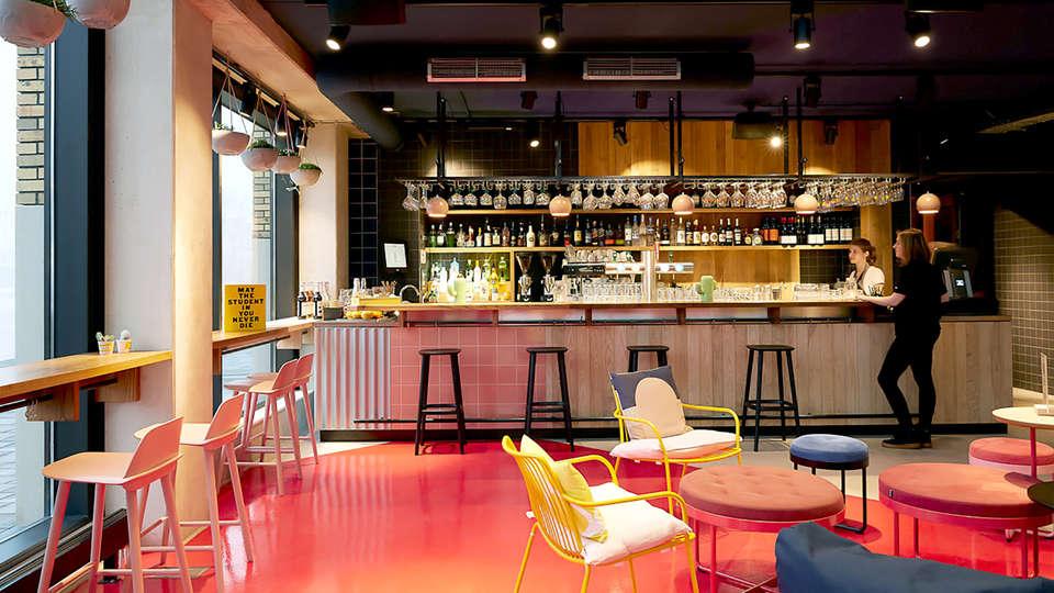 The Student Hotel Eindhoven - Edit_Bar.jpg