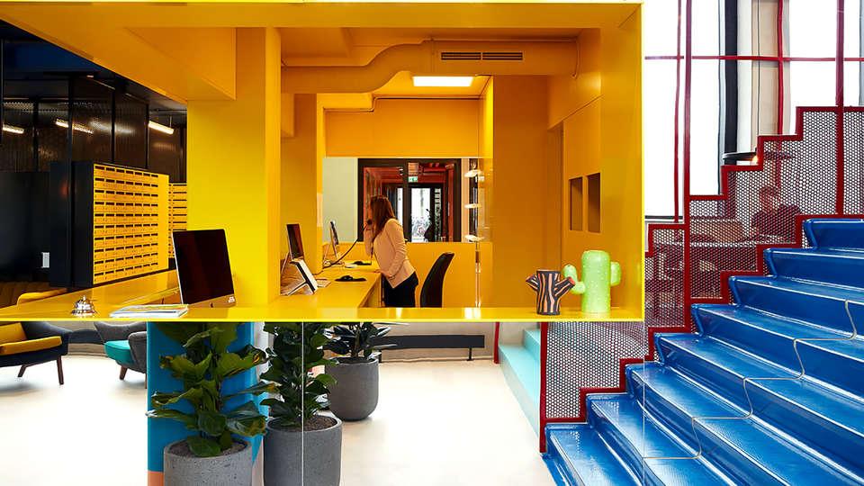 The Student Hotel Eindhoven - Edit_Reception.jpg