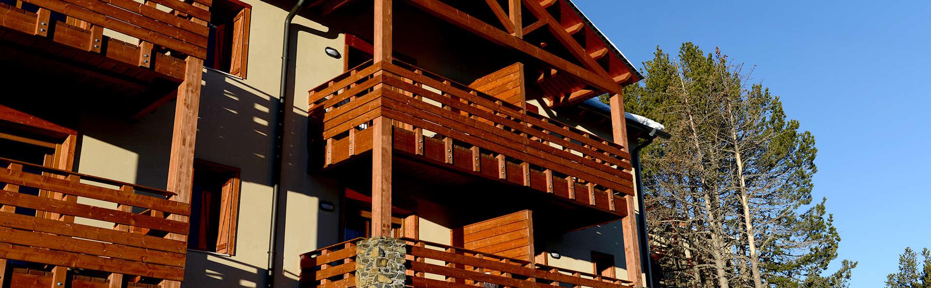 Vacancéole Résidence Les Chalets de l'Isard - Edit_Front2.jpg
