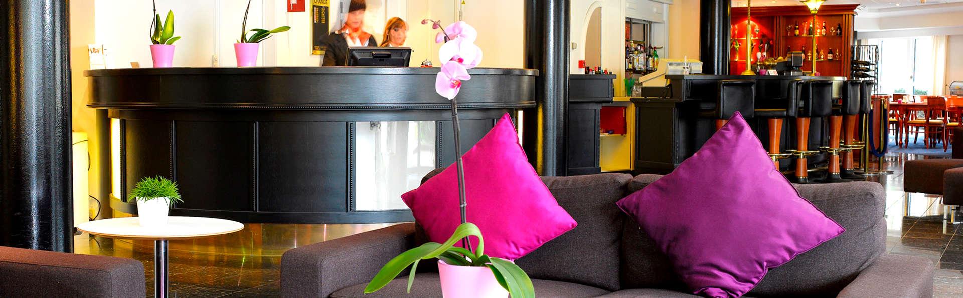 Thon Hotel Brussels Airport - Edit_Reception2.jpg