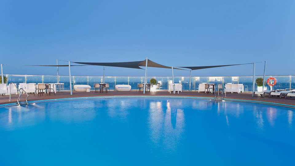 Hotel El Puerto by Pierre and Vacances - EDIT_N2_POOL5.jpg
