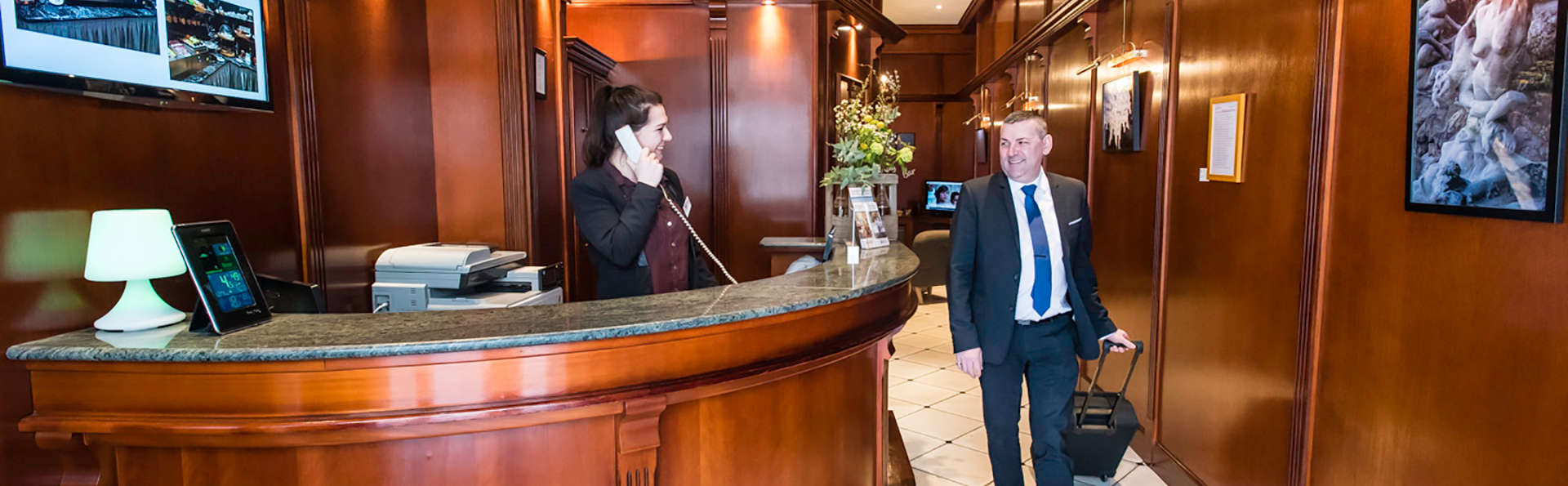 Best Western Hotel d'Arc - Edit_Reception.jpg
