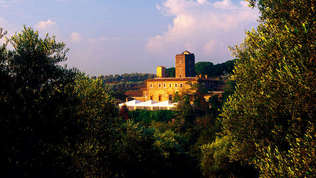 Noche en un castillo a las afueras de Roma: ¡romanticismo rodeado de naturaleza!