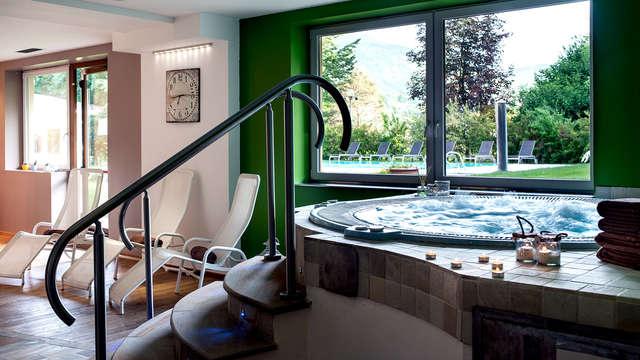 Soggiorno con accesso alla spa e mezza pensione nel verde delle Dolomiti (da 5 notti)