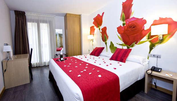 Escapada romántica en Valladolid con copa de vino, tapa regional y ambiente romántico