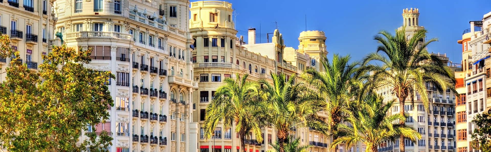Valencia infinie avec petit-déjeuner et séjour dans bel hôtel central