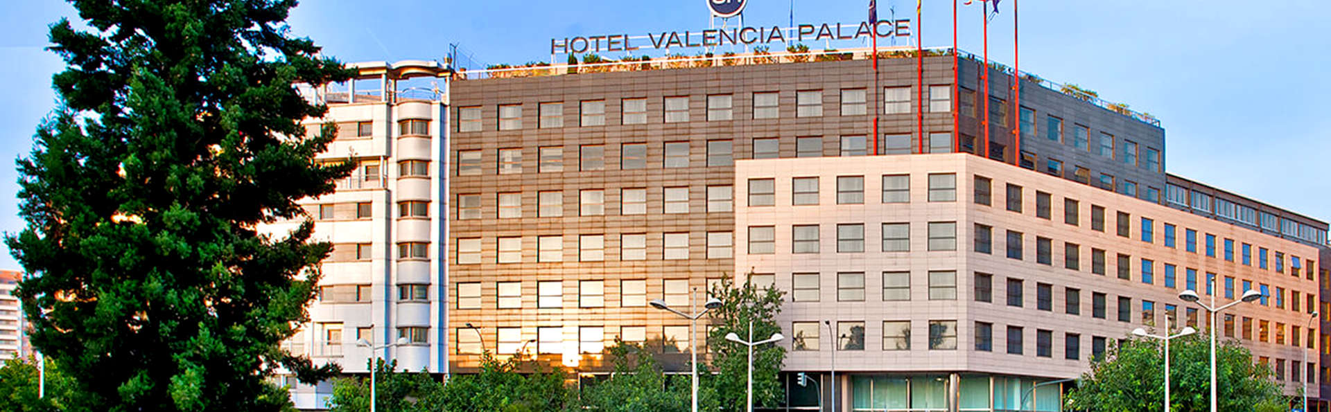 SH Valencia Palace - EDIT_ext.jpg