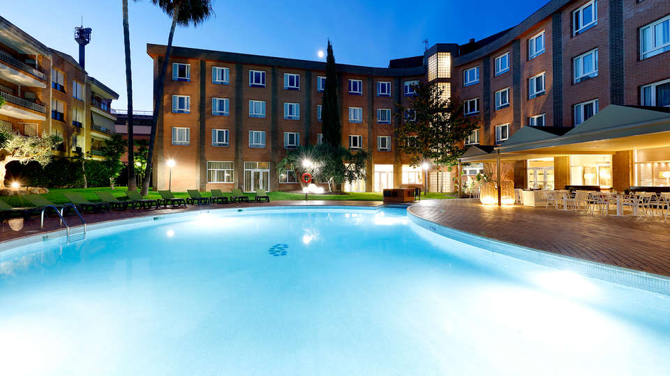 Hotel SB Corona Tortosa - EDIT_N2_POOL2.jpg