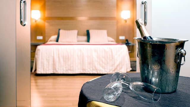 Escapade romantique en Junior Suite à Alcoy avec accès à l'espace détente