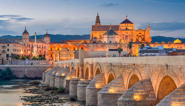 Escapada a Córdoba en media pensión, con piscina y rodeado de naturaleza
