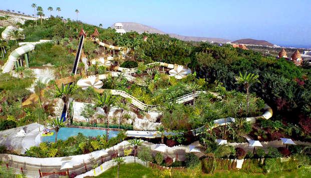 Escápate a Tenerife en media pensión con entradas al parque acuático Siam Park