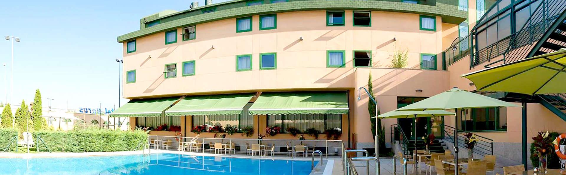 Hotel Sercotel Horus Salamanca - EDIT_NEW_POOL2.jpg