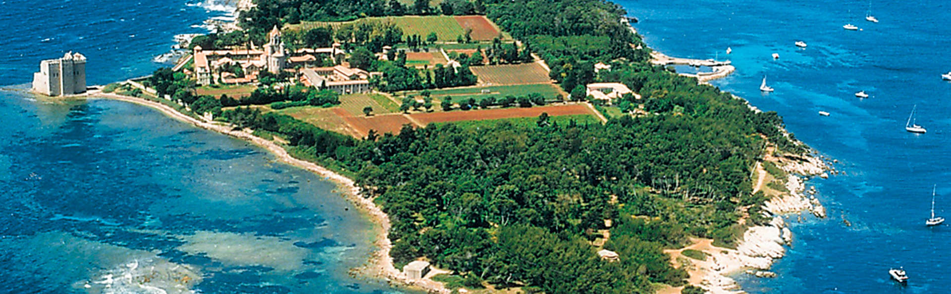 A la découverte des îles de Lérins et séjour dans une superbe hotel à Cannes