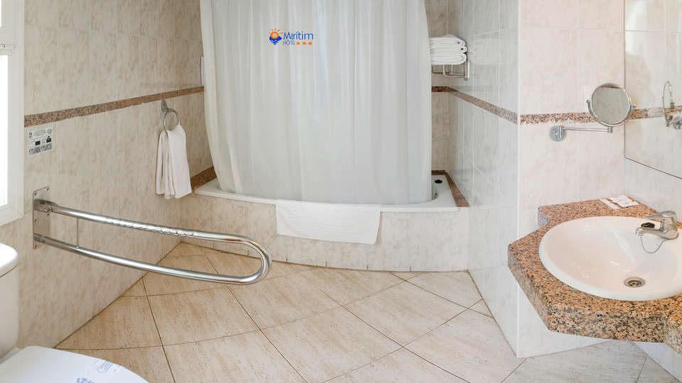 Hotel GHT Maritim - EDIT_NEW_BATHROOM.jpg
