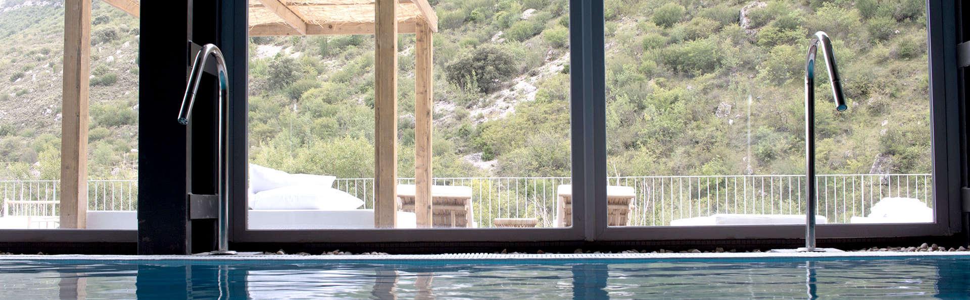 Relax total en un exclusivo balneario 5* con masaje, circuito termal y cóctel