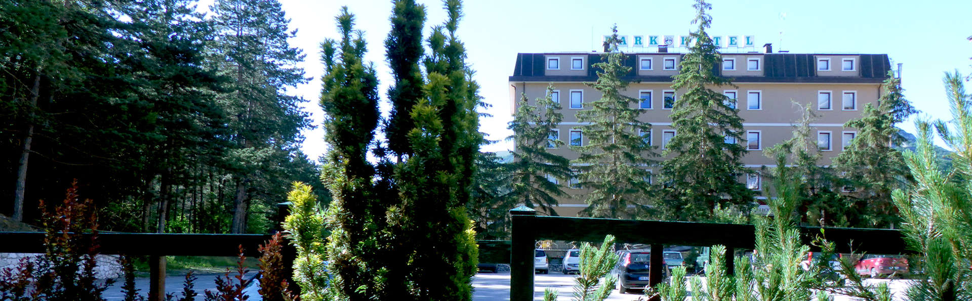 Park Hotel Ovindoli - Edit_Front.jpg