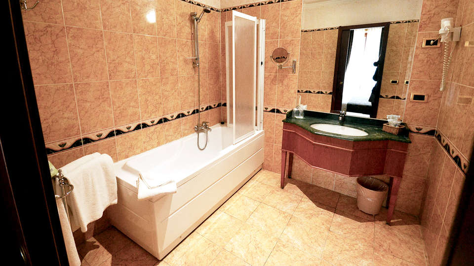 Hotel Cilicia - Edit_Bathroom.jpg