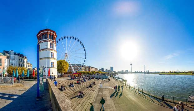 Alla scoperta di Düsseldorf con un tour sul bus Hop-On Hop-Off