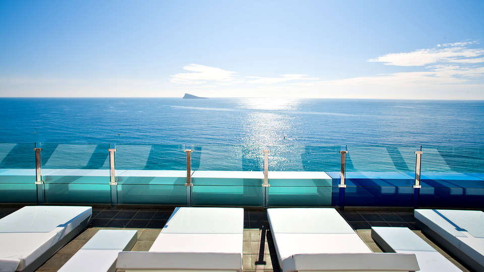 Hotel Villa del Mar - Edit_terrace3.jpg
