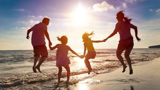 Escápate con tu familia a la de playa de Vistahermosa