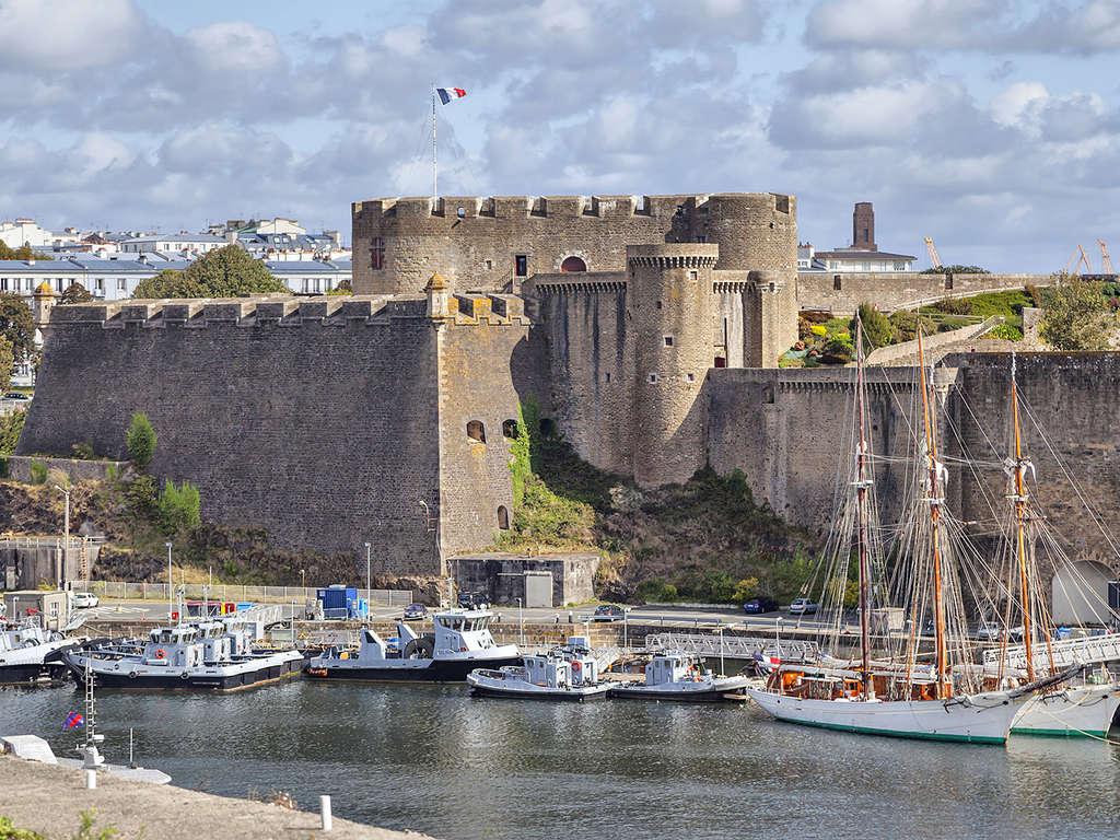 Séjour Finistère - Adresse idéale au coeur de Brest  - 2*
