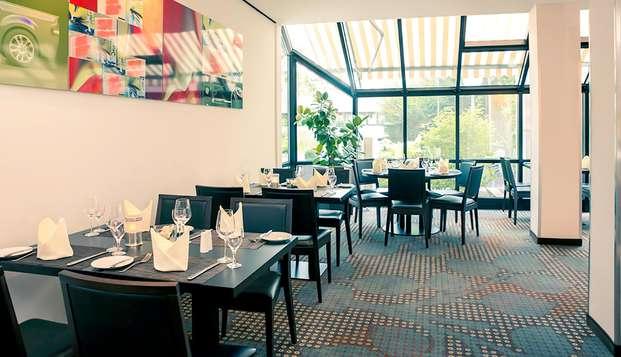 Descubre Colonia y disfruta de una sabrosa cena