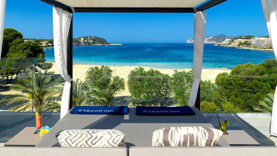 H10 Casa del Mar - Edit_Terrace.jpg