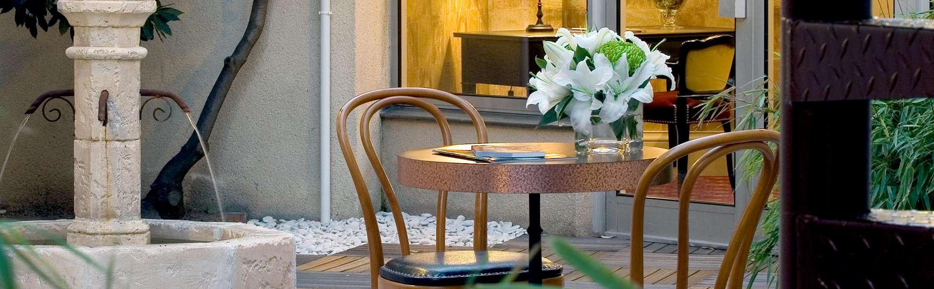 Brit Hôtel Le Clos Saint Martin - EDIT_N2_TERRACE.jpg