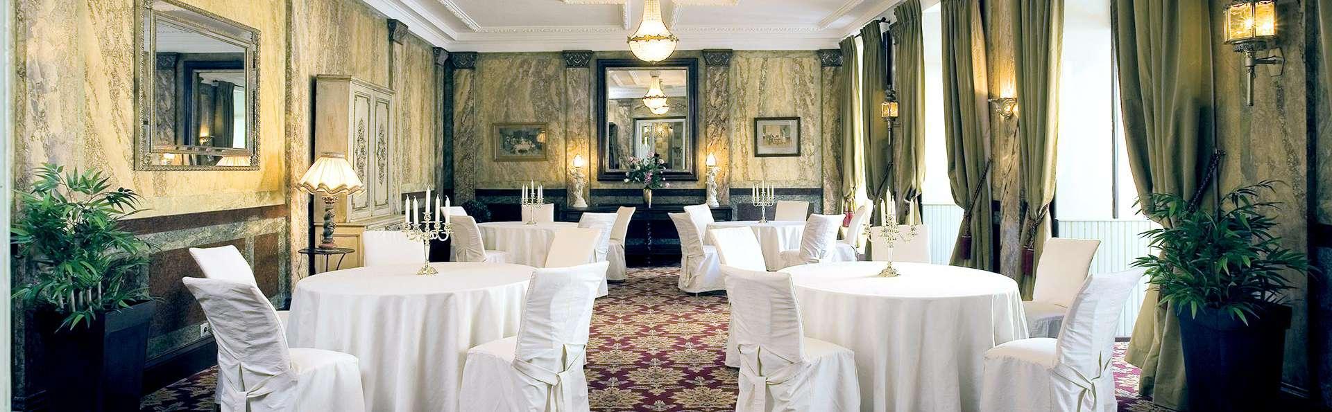 Brit Hôtel Le Clos Saint Martin - EDIT_N2_RESTAURANT.jpg