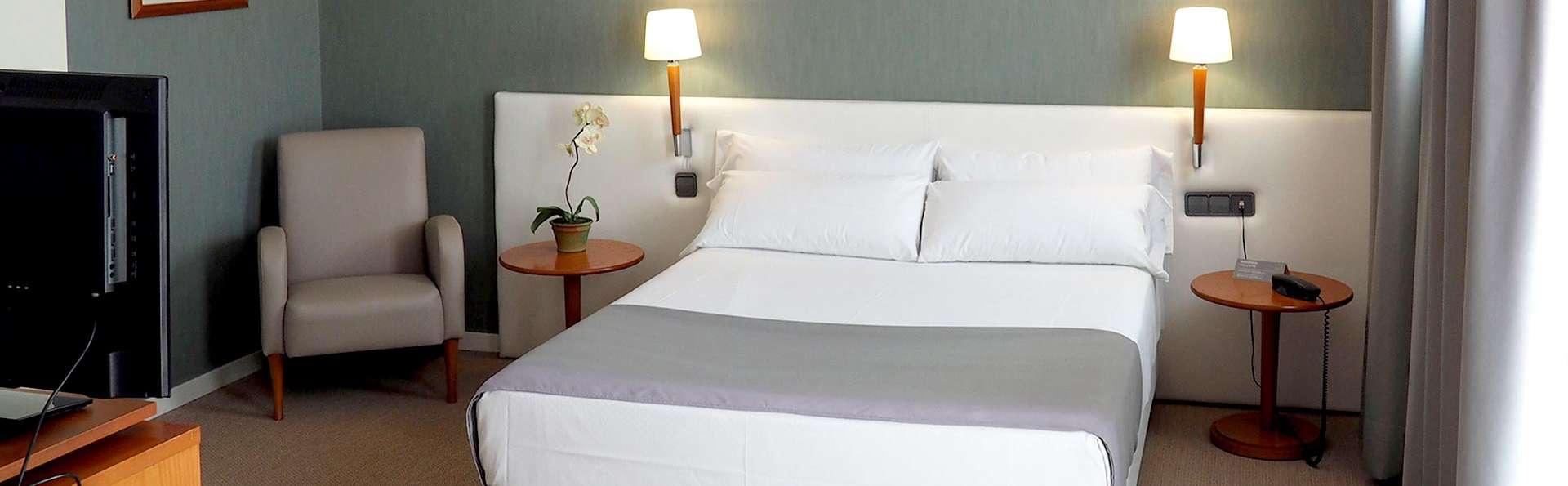 Hotel Alaquas - EDIT_NEW_ROOM3.jpg