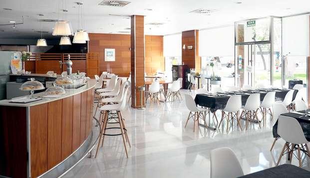 Hotel Alaquas - NEW BAR