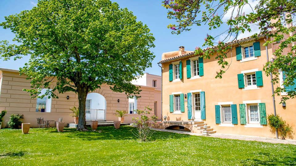 Château Cicéron Le Gîte - Edit_Front.jpg
