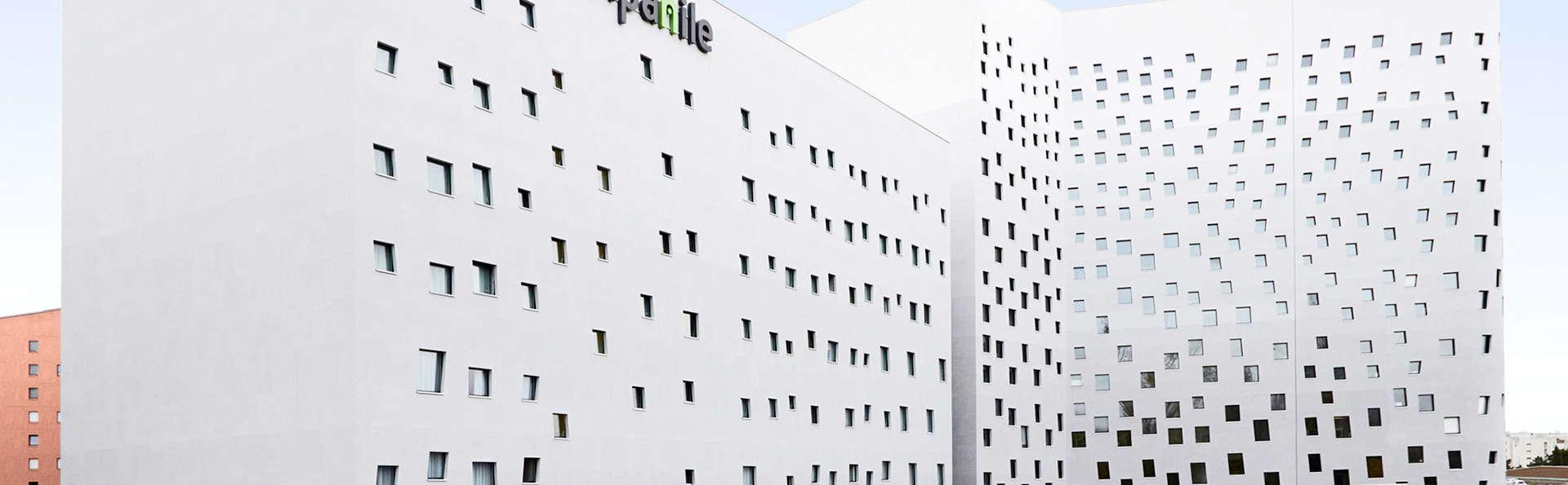 Campanile Lille Euralille - Edit_Front.jpg
