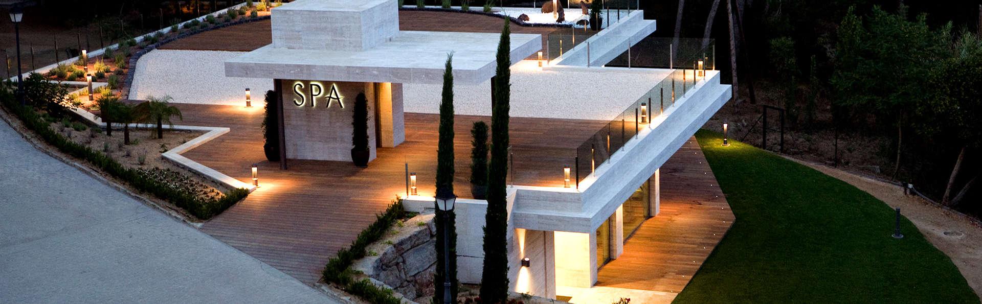 Déconnexion dans un hôtel de luxe avec spa et accès direct à la plage de Santa Cristina