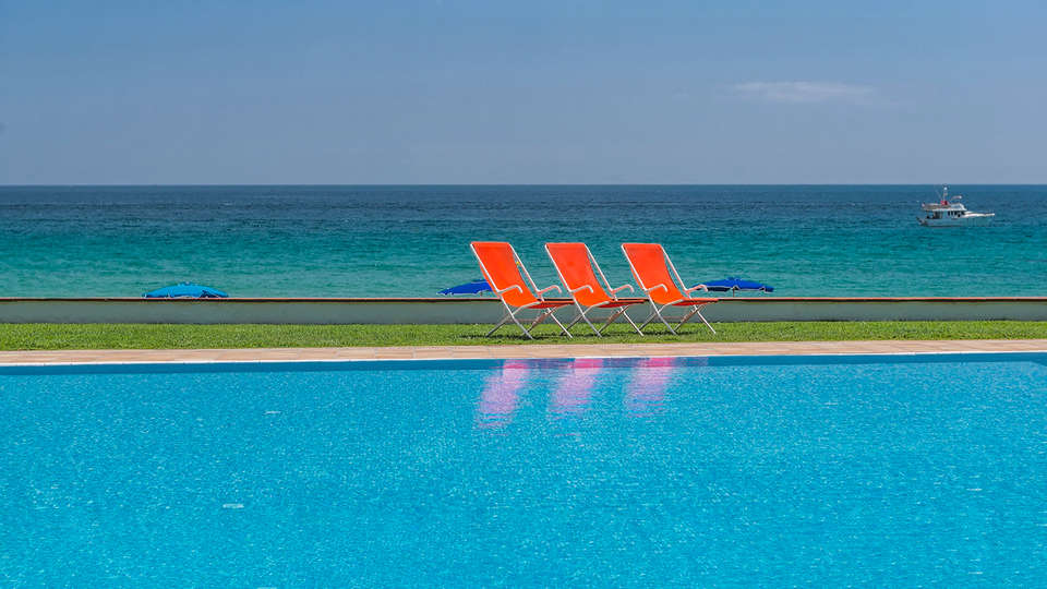 Hotel Santa Marta - EDIT_N2_POOL4.jpg