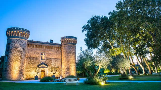 Alójate en el Château de Massillan, en pleno corazón de Vaucluse