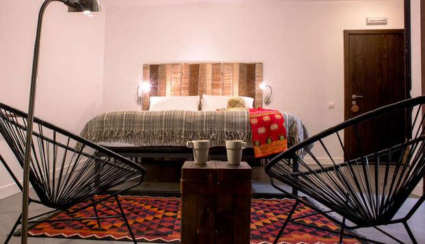 Hotel rural decorado estilo nórdico en medio de la Sierra de Gredos con desayunos incluidos