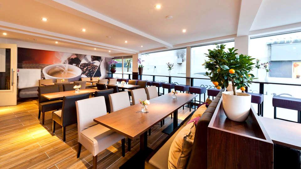 Hotel Espresso - Edit_Restaurant3.jpg