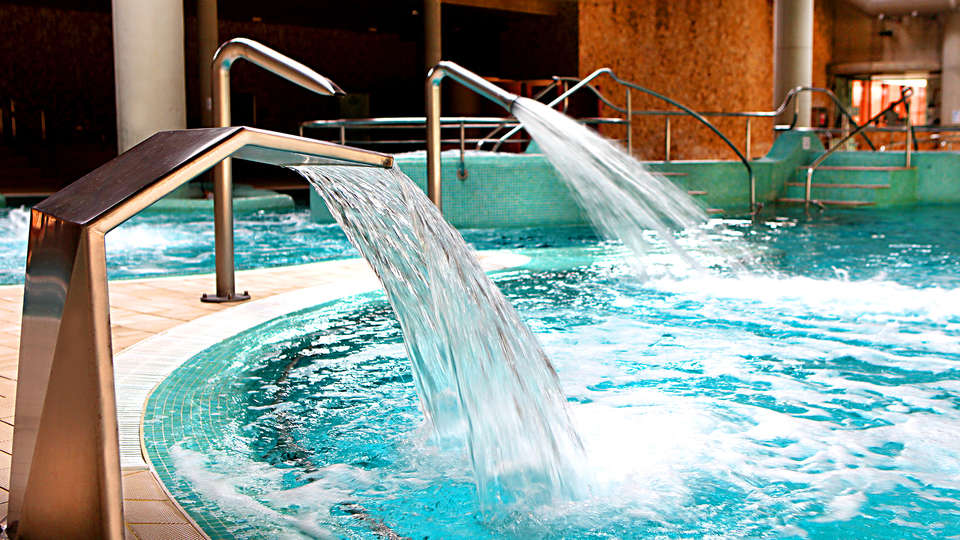 Balneario de Archena - Hotel Levante - EDIT_NEW_POOL_2.jpg