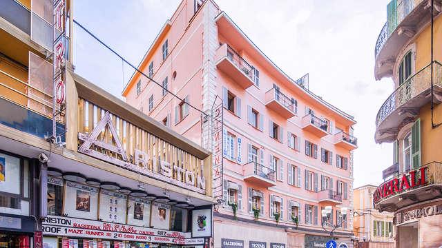 Dormi a fianco del teatro Ariston in suite in centro a Sanremo!