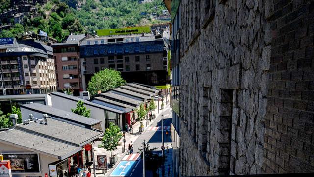 Respira aire de alta montaña con media pensión en Andorra