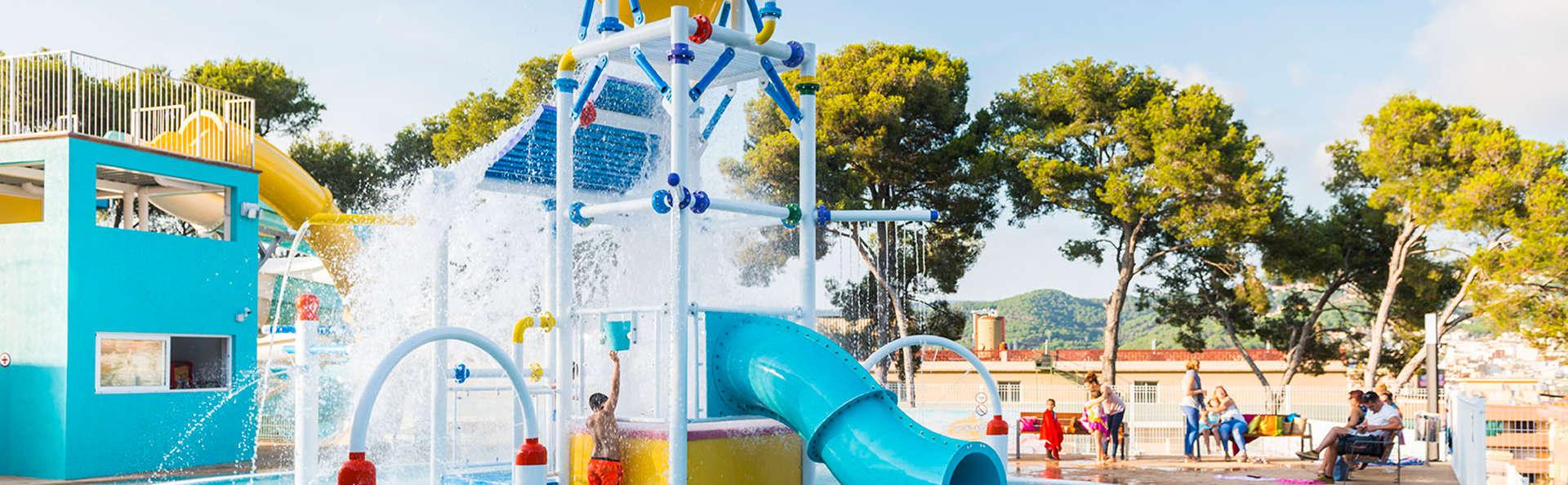 Mini-Vacaciones con niños a la Costa Brava con acceso al parque acuático y en régimen Todo Incluido