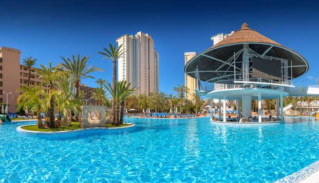 Todo incluido en Benidorm en un hotel con parque acuático