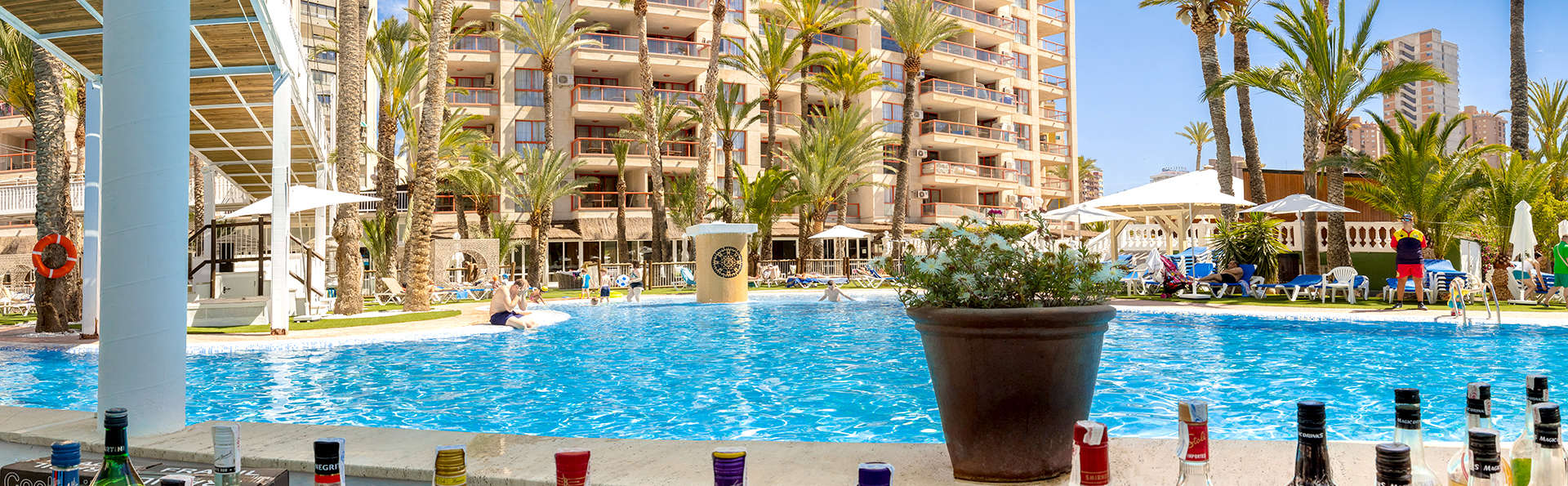 Magic Tropical Splash - Edit_Pool7.jpg