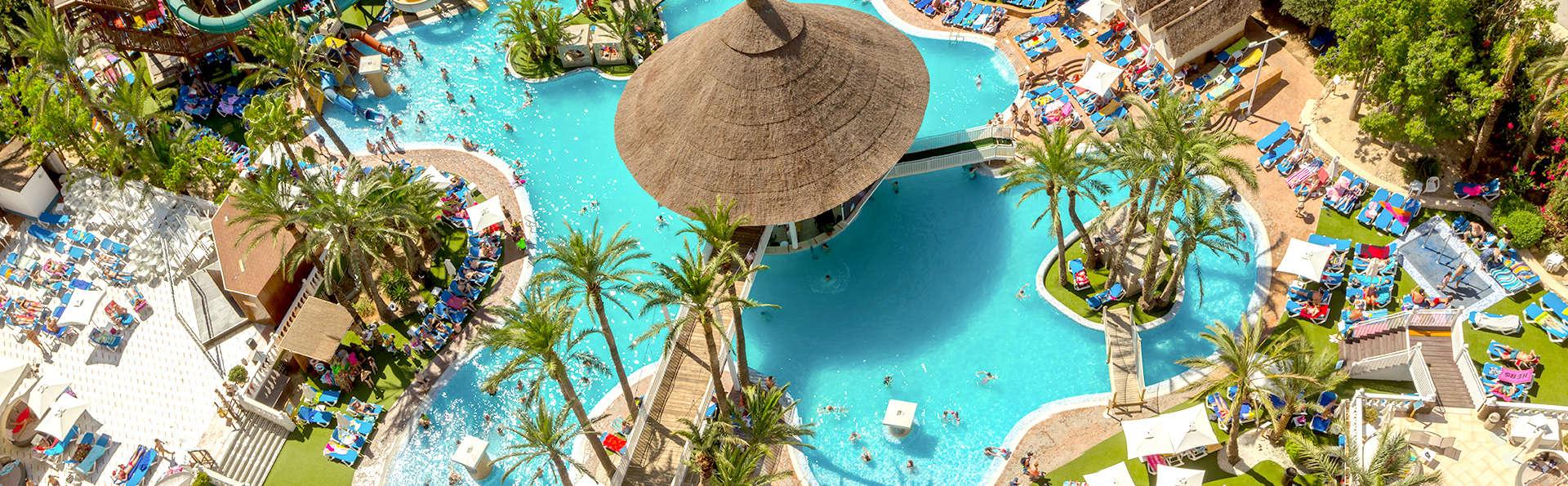 Magic Tropical Splash - Edit_PoolView.jpg