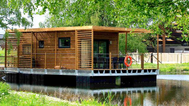 Buitengewoon sportief familie-uitje in een hut op het water
