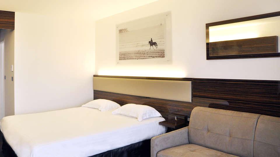 Westotel Le Pouliguen - EDIT_room1.jpg